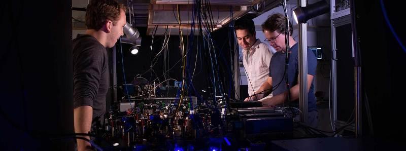 Il nuovo orologio atomico ottico Tweezer clock